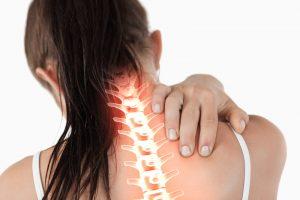 背中の痛み,こり,首の痛み,頚椎症