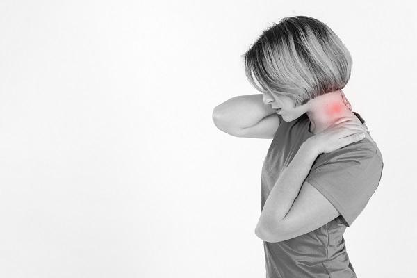頚椎症,首の痛み